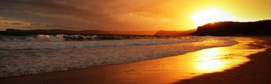 波蒂国家公园 (Bouddi National Park) 普蒂海滩 (Putty Beach) 露营地的醉人美景