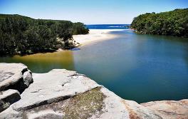 悉尼 (Sydney) 南部 Wattamolla 海滩